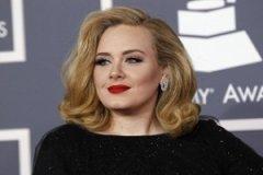 Érkezik az első Adele-bébi!