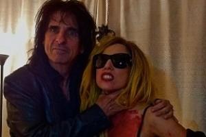 Alice Cooper feldolgozta Lady Gagát