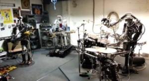 A legmetálabb rockbanda: robottrió