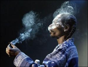 Snoop Dogg-ot ismét megbüntették marihuána birtoklás miatt