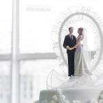 A Nagy esküvői torta tetején lévő dísz - FKSZ Fotó (www.fksz.hu)
