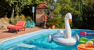 Strandoljunk saját medencében: medence építés otthon